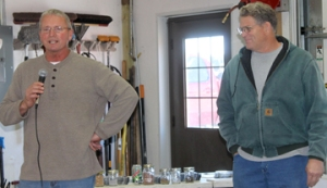 Jon Gisleson (left) and Rick Juchems share their experiences at the ILF field day on Nov. 12.