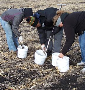 Adventures in soil sampling iowa learning farms for 0200 soil core sampler