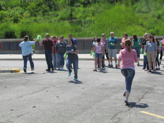 Summit farms iowa 2014 water rocks summit participants compete in the